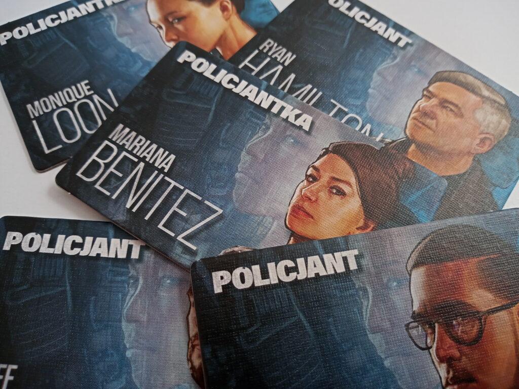 Plakietki policjntów